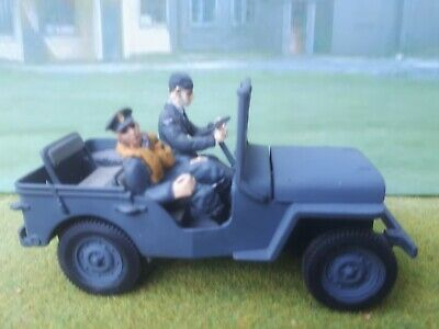1/32 Scale RAF Jeep With Driver And Pilot. Gate Conversion With JCM Figures. FOV • 10£
