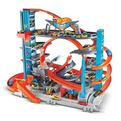 Hot Wheels City Ultimate Garage With Shark Attack Toy Cars • 116.99£