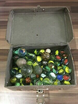 Vintage Glass Marbles In Vintage Case • 9.99£