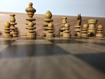 Vintage Wooden Chess Set In An Old Churchmans Cigarette Box With A Modern Board • 23.84£