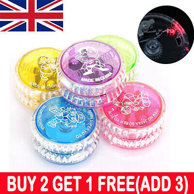 Yoyo Tricks Light Up Clutch 5cm LED Flashing Wheel Mechanism Kids Gifts Toy UK • 4.99£