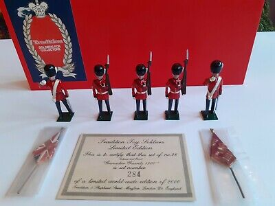 Tradition Hand Painted Toy Soldiers 54mm Colours & Escort Grenadier Guards,1900  • 50£
