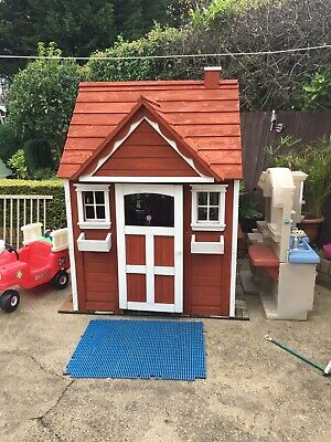 Quality Wooden Wendy House • 100£