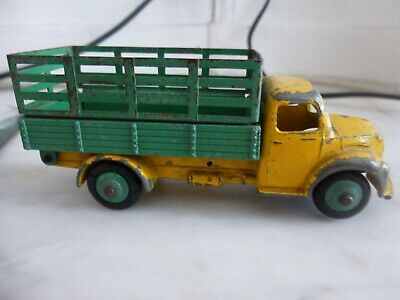 Camion DODGE . DINKY TOYS AUTHENTIQUE Made In England Mecano LTD • 10.37£