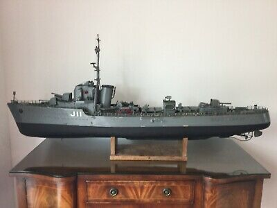 Model Boat.Hms Bramble Engine Powered 55 Inch.FREE Uk Delivery Terms Apply • 595£