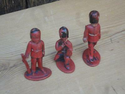 Vintage Lone Star Plastic Soldiers Bearskins Lot Of Three Made In Great Britain • 5.95£