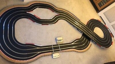 Scalextric Digital Layout 4 Lanes / 3 Lane Changers / Lap Counter & 4 Cars • 695£