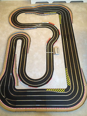 Scalextric Digital 4 Lane Layout With Chicanes / Hairpins & 4 Digital Cars  • 445£