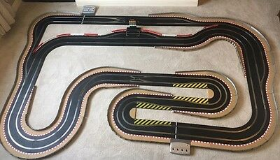 Scalextric Digital Layout With Lap Counter / Pit Lane & Pit Lane Game & 4 Cars • 645£
