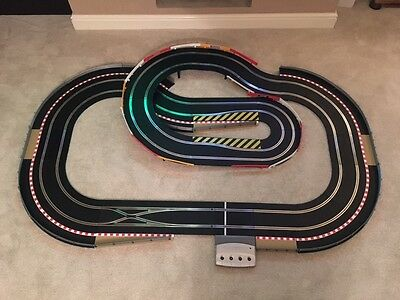 Scalextric Digital Layout With Hairpin / Flyover & 2 Digital Cars • 205£
