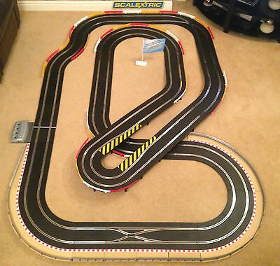 Scalextric Digital Large Layout With Hairpin & 2 Cars Set • 285£