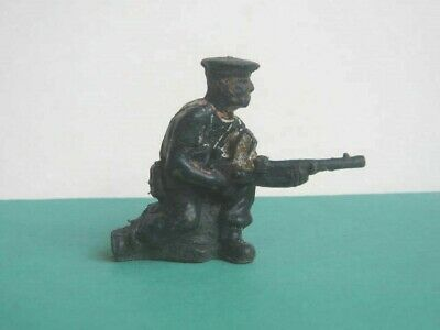 1 X LONE STAR 1960's BRITISH ROYAL NAVY SAILOR. 1/32 SCALE PLASTIC SOLDIER. • 1.10£