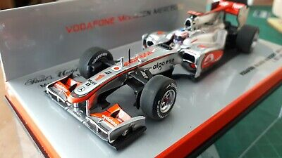 Minichamps Vodaphone McLaren Mercedes MP 4/25. Jenson Button 2010 Team Edition • 50£
