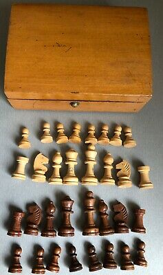 Vintage Petite Wooden Chess Set. In Old Wooden Box. • 5.99£