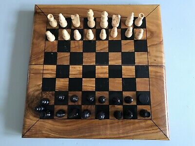 Vintage Varnished Wooden Chess Board With Wooden Chess Set. • 12.50£