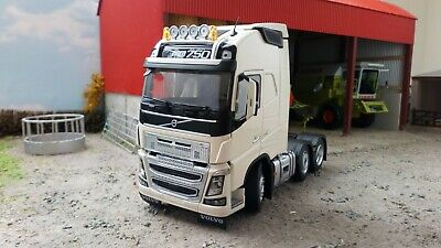 Marge Models 1:32 Scale Volvo Fh16 6x2 White • 95£
