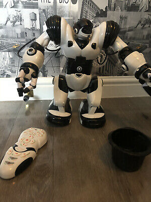 Wowwee Robosapien Robot, 14  With Remote Control And Manual • 8.50£