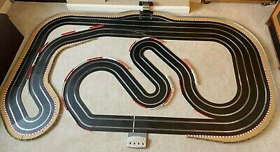 Scalextric Digital Advanced Layout / Pit Lane / Straight Lane Changer & 4 Cars • 635£