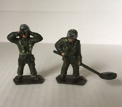 """2 X Vintage 60s Plastic 1/32 Or 2"""" WW2 Toy Soldiers Lone Star • 1.70£"""