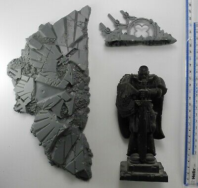 SPACE MARINE STATUE + OTHER SCENERY Plastic Honoured Imperium Terrain 40K 7 • 4.99£