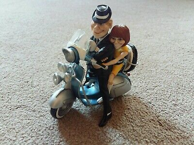 Rare Vespa Scooter Model With Mod Style Passengers  • 17.99£