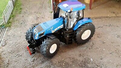 Siku 3273 New Holland T8.390 Tractor 1:32 Scale Replica Model Farm Toy Agri Toy • 26.49£