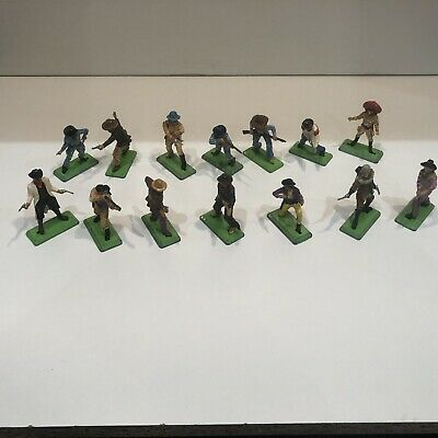 14 Britain's Deetail Cowboys And US Cavalry Scout Toy Bundle • 6.50£