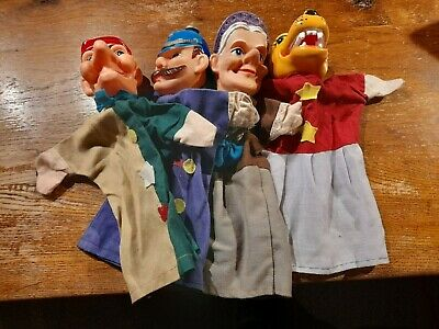 Set Of Four Vintage Type Punch And Judy Hand Puppets.  • 10£