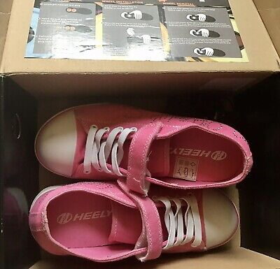Girls Heelys Shoes/ Trainers-Snazzy. Pink Diamonte-Size 2 (in Box)VGC✨⭐️ • 2£