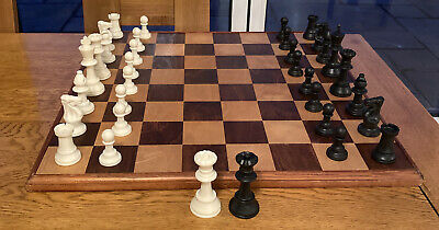 Vintage Wooden Chess Board With Chess Pieces Set • 85£