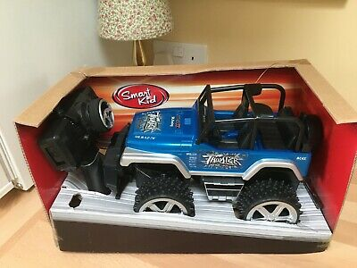 Vintage Battery Operated Radio Controlled   Land Leader   Vehicle  • 0.99£