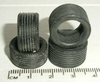 Scalextric - W8126 2x Front & 2x Rear Ribbed Tyres For 1990s Saloons - NEW • 1.80£