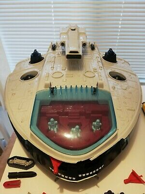VINTAGE MANTA FORCE 1986 SHIP..WITH THE 10 SMALLER VEHICLES And OVER 30 FIGURES • 32.90£
