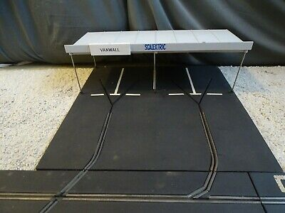 Vintage Tri-ang Scalextric Mm/a224 Paddock Vgc 1961/2 Only Rubber Track + Extras • 105£