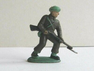 1 X CHARBENS. 1960's BRITISH COMMANDO. 1/32 SCALE PLASTIC TOY SOLDIER. • 1.99£
