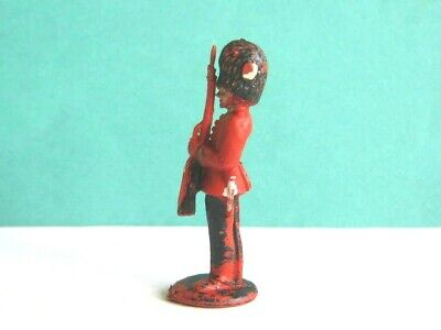 LONE STAR 1960's. BRITISH GUARDSMAN TOY SOLDIER. 1/32 SCALE. HARVEY SERIES.. • 1.99£
