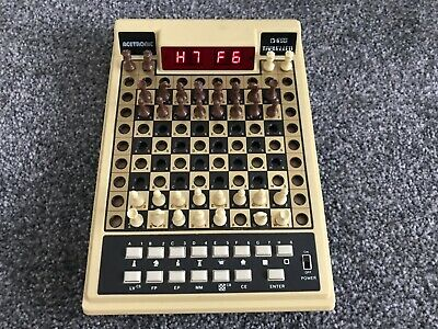 Vintage Acetronic Travel Chess Computer Set 1978 - Red LED Display  • 29.50£