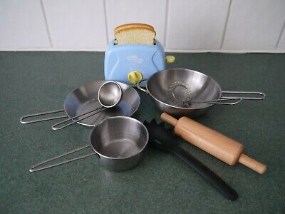 Toy Toaster And Pot And Pans • 4.80£