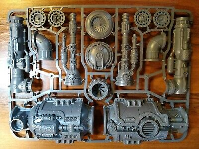 Games Workshop -  Warhammer 40K - Sector Mechanicus - Tank And Chimneys • 12.99£