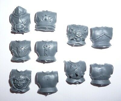 Chaos Knights Front & Back Torsos X 5 - G506 • 3.96£