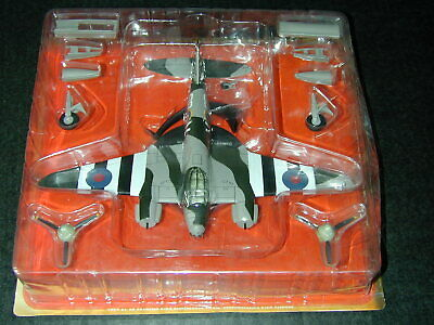 Altaya 1:72 Scale Diecast Aircraft DH Mosquito FB Mk.VI Invasion Stripes MIB • 14.99£