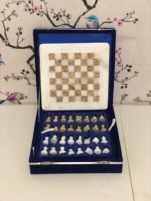 Marble Chess Set 8  • 26.99£