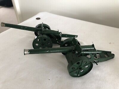 Vintage- Britains Models Cannons. Made In England  • 4.20£