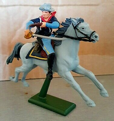 Vintage Britains Mounted Cavalry. Excellent Condition...1971. • 2.50£