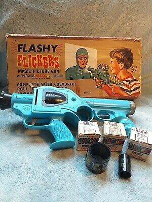 Vintage 1960's Flashy Flickers Magic Picture Gun With 12 Films • 65£