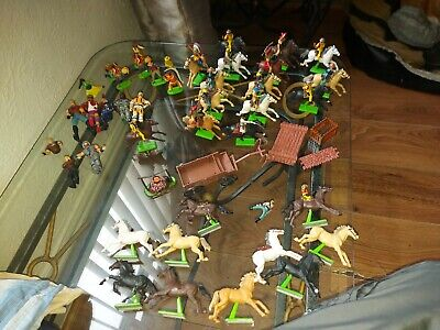 Deetail Britains Ltd Cowboys And Indians And More 1970s • 35£