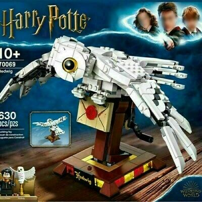 Harry Potter Hedwig Display Model With Moving Wings Brand New With Squashed Box. • 21.99£