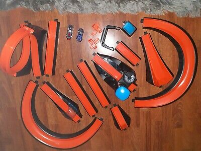 Hot Wheels Id Smart Track With Arachnorod And 69 Corvette Racer • 40£