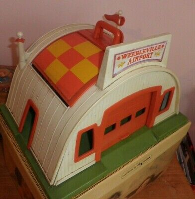 Weebleville  Airport Rare Vintage  Toy 4 Aircraft  8 Weebles With Luggage! 1970s • 29.99£