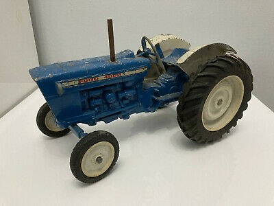 Vintage Large Ertl Ford 4000 Tractor 1:12 Scale - 11  Long • 24.99£